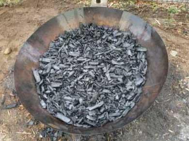 できあがった竹炭
